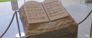Ten Commandments Memorial Ordered Removed In Alabama