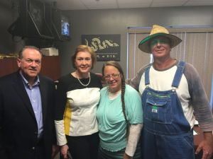Kim Davis and the Constitutional scholars she relies upon