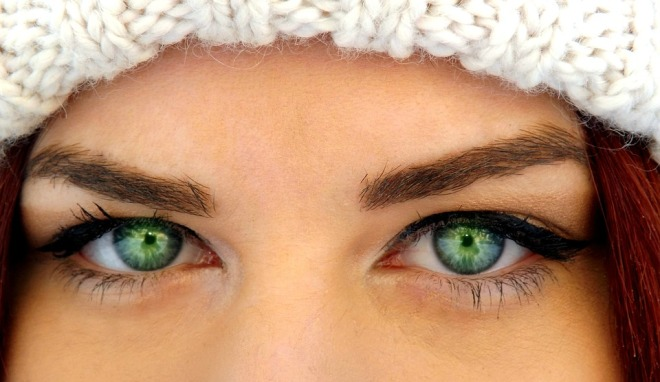 Makeup-Tips-and-Tricks-for-Green-Eyes