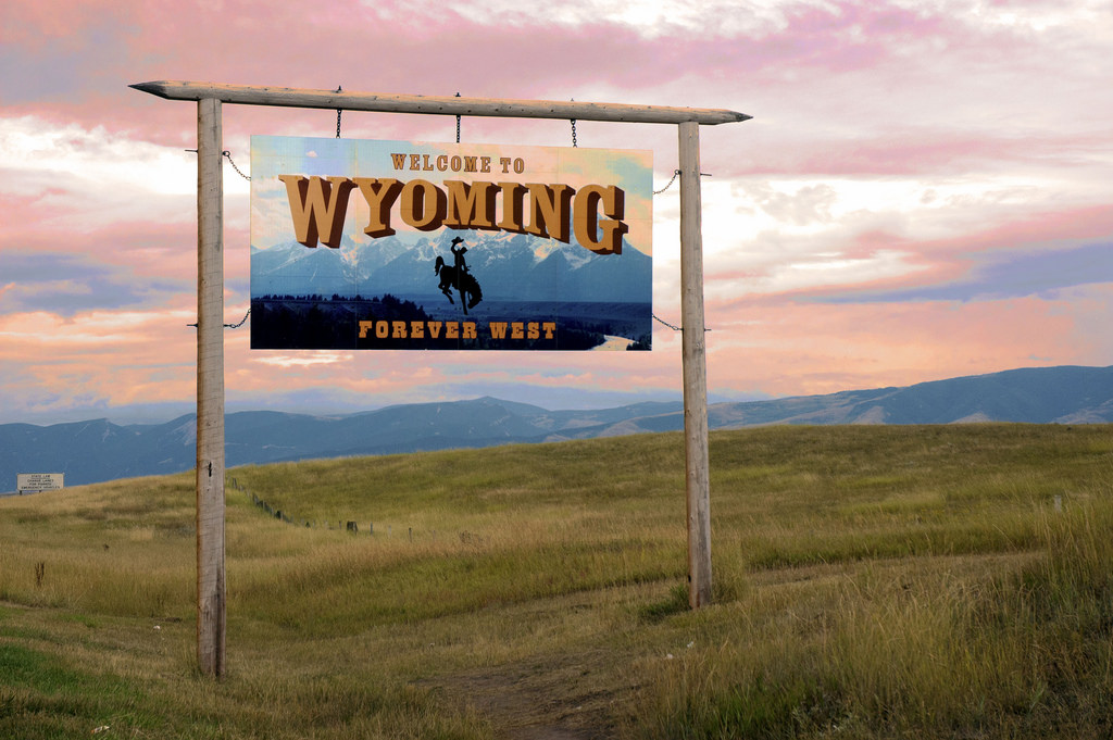wyoming-welcome-sign